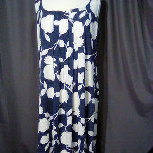 Glamour Size 18W Navy and white floral dress
